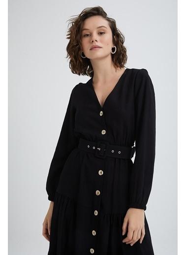 Quzu Kemerli V Yaka Elbise Siyah